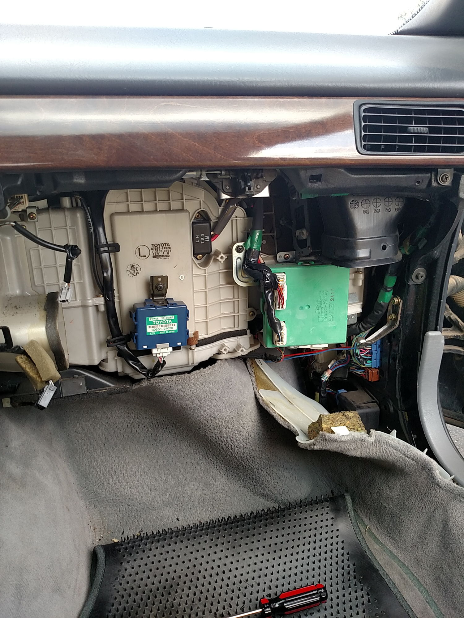 1992 Lexus Ls400 Fuel Pump Relay Diagram