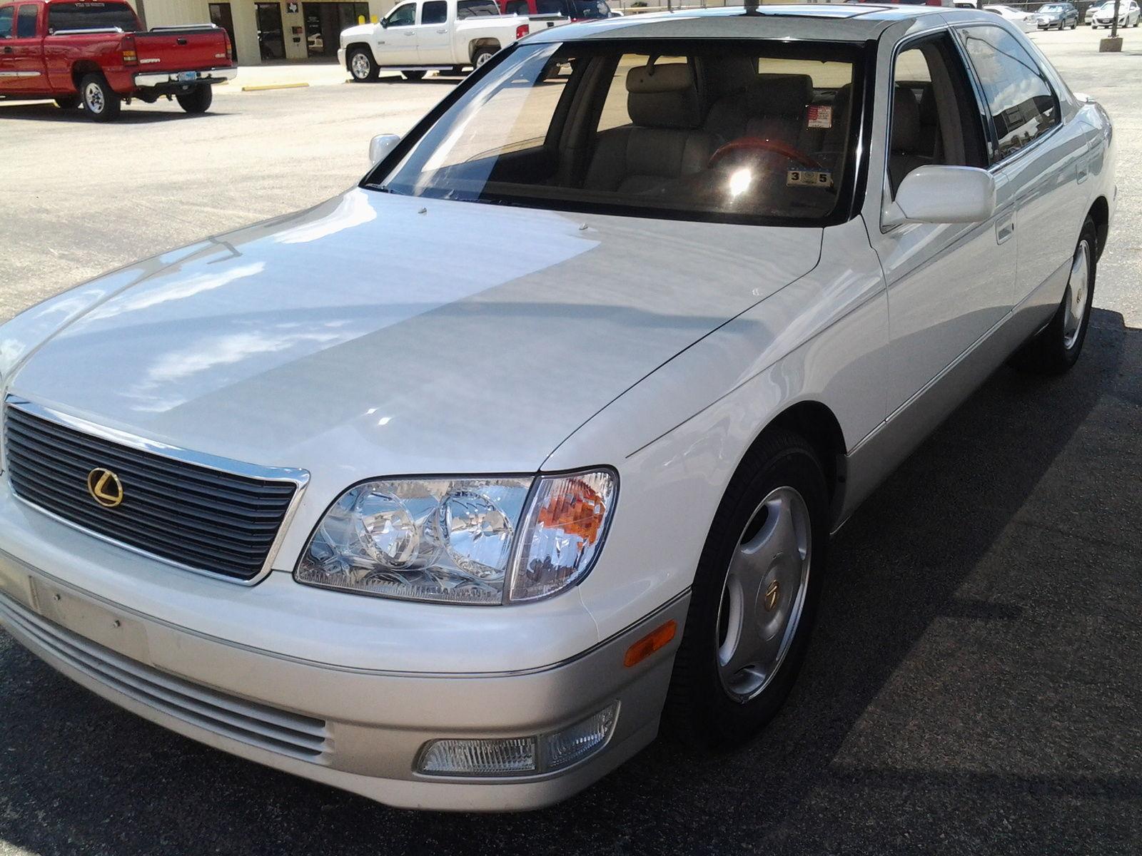 100 [ 1990 Lexus Ls 400 ]