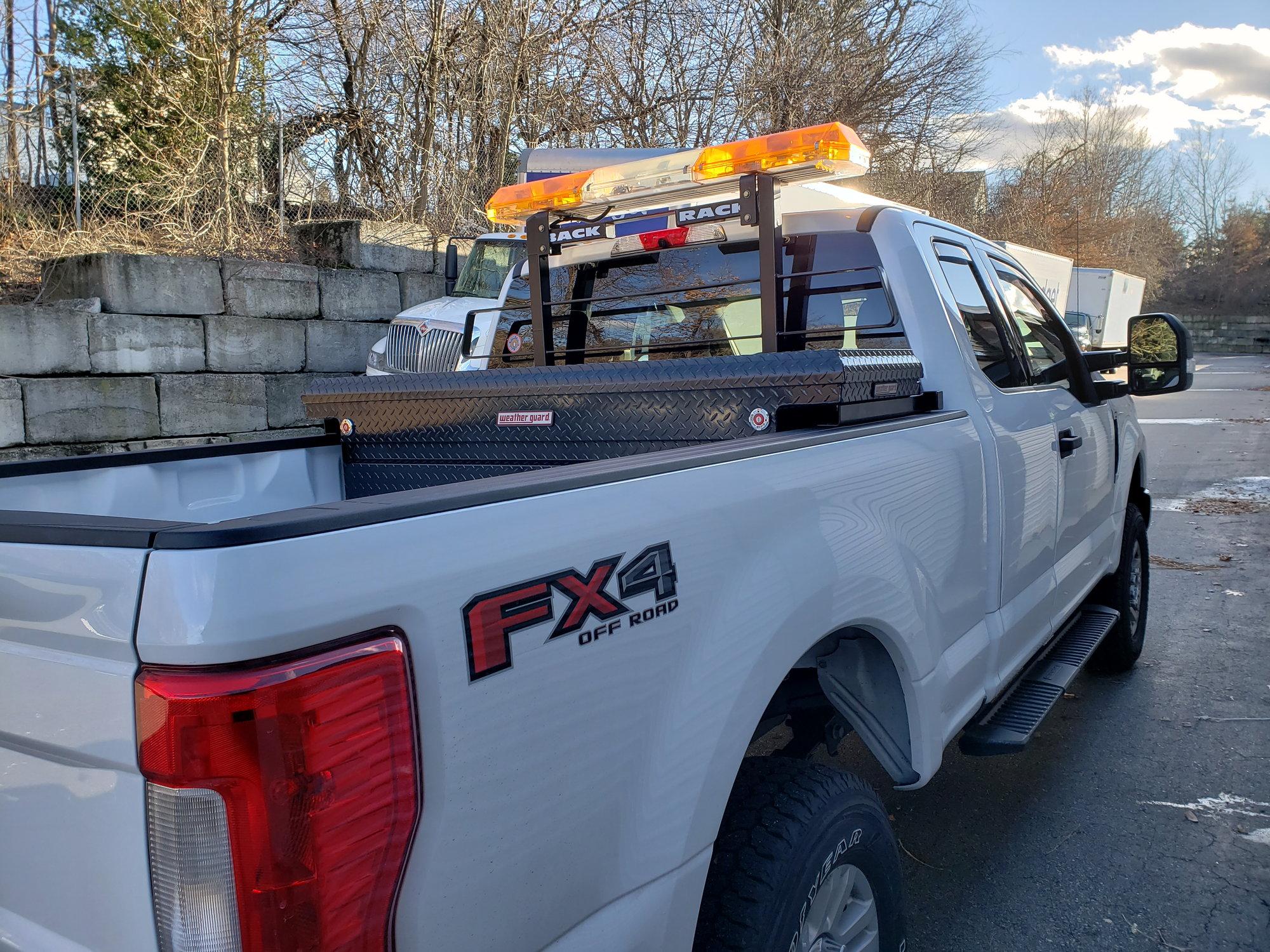roof mounted warning light bars