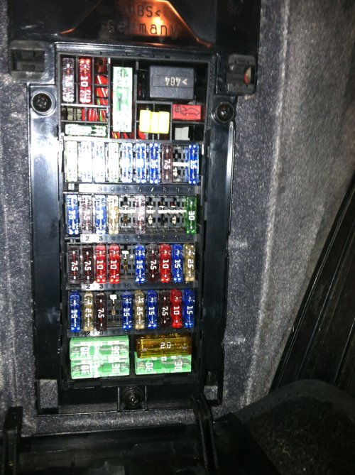 small resolution of 2009 fuse layout