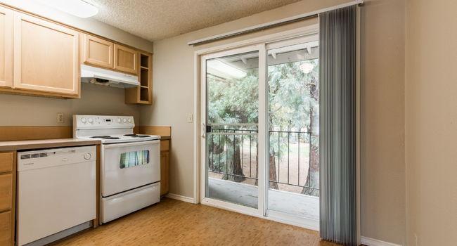 Redwood Park Apartments 81 Reviews