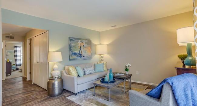 Spring Valley Apartments 71 Reviews