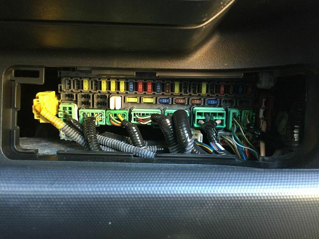 2007 Jeep Wrangler Fuse Box Location 2007 Honda Fit Jazz A C Relay Location Honda Tech