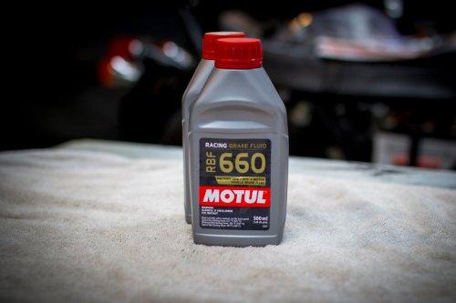 small resolution of  driven dt40 motor oil 9 cv boot kit front outer 2 99634929100 axle nut front 2 99908463402 cv boot kit front inner 2 99634929300