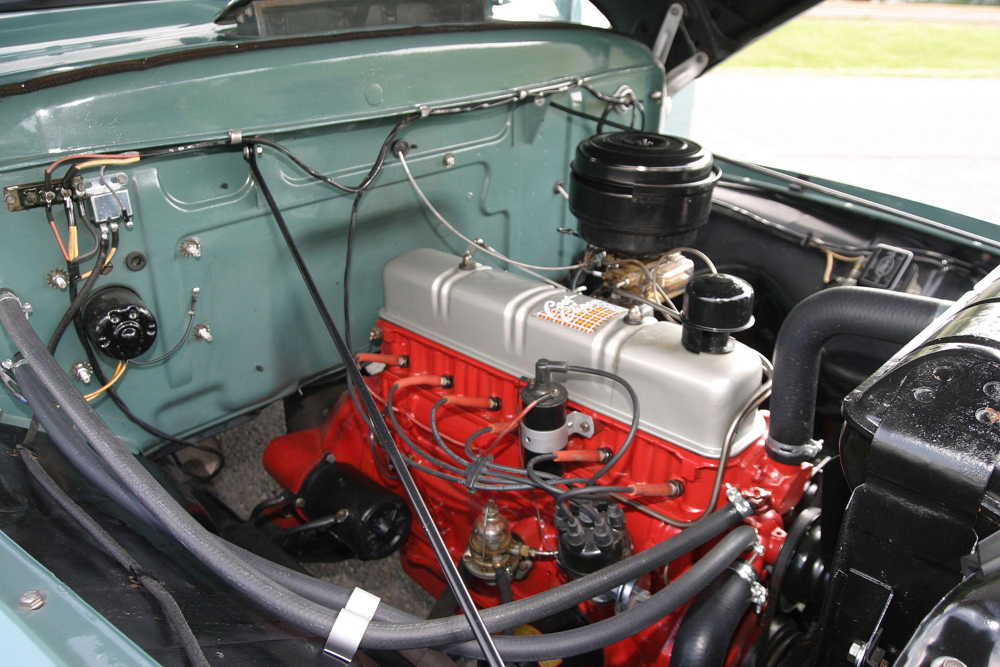 1955 Ford F100 Engine