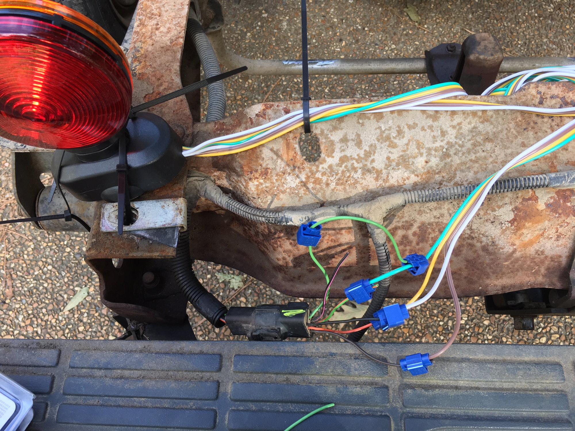 Wiring Problem Vs V6extlightinglowandmidstawagjpg