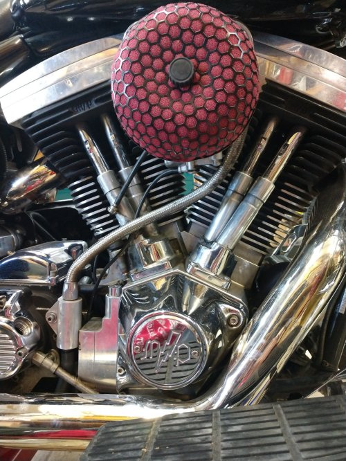 small resolution of  i bought this 1994 flhr road king it came with this screaming eagle 120 engine but i can t figure out who the manufacturer is m p with a lightning