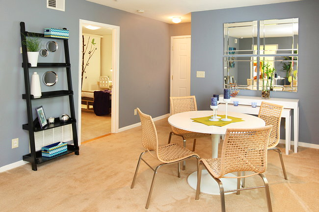Greenhouse Apartments  125 Reviews  Kennesaw GA Apartments for Rent  ApartmentRatings