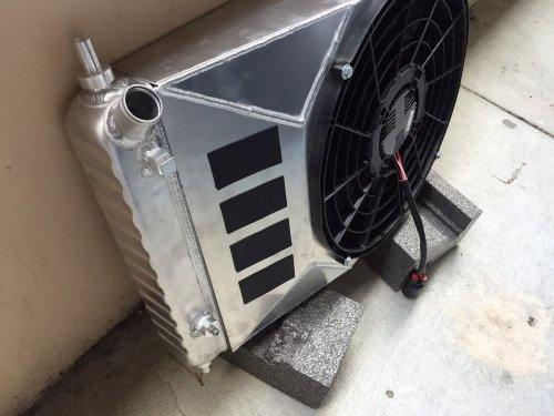small resolution of this gave me plenty of room to slide the fan over towards the drivers side and clear the blower