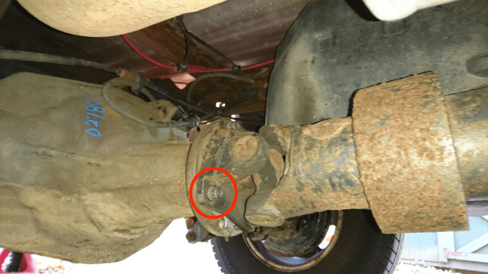 medium resolution of for example see driveshaft rear retaining bolts to the axle except excursion and motorhome in the list here ford super duty torque specifications