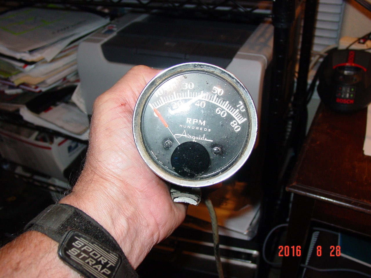 hight resolution of  found an airguide tach i think it is a model 656 or 657 it has 4 wires blue red green and either yellow or white does anyone know which wire goes