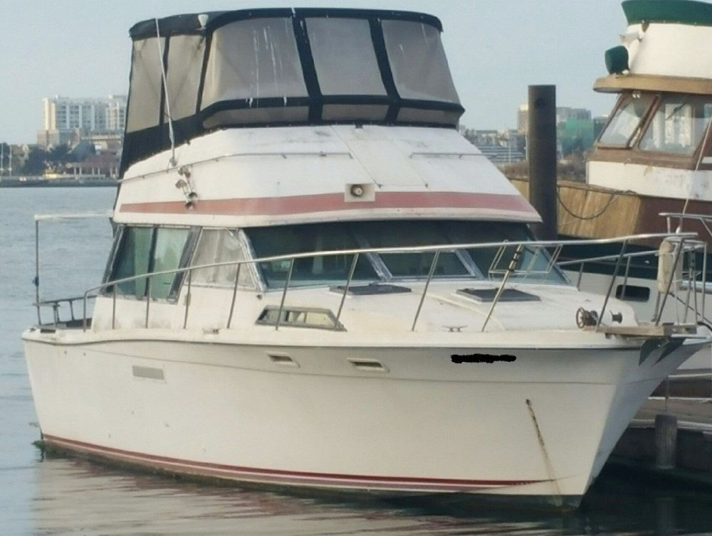medium resolution of  new member asking about 1978 bayliner 3550 bristol the hull truth on gm 5 7 engine