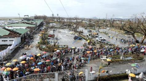 typhoon-haiyan-survivors-in-philippines