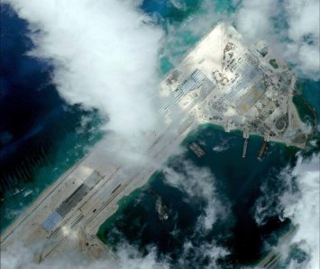 Fiery-Cross-Reef-China-base-SCS-150311_fieryBase_2detail-1024x863-1024x863