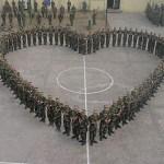 Militari cinese coinvolti nei festeggiamenti di San Valentino