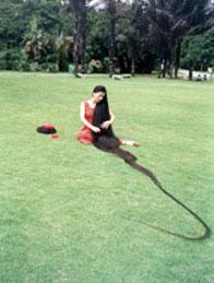 donna dai capelli più lunghi del mondo