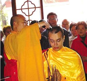 Primo monaco italiano in Cina