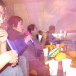 Un nuovo sistema di monitoraggio dei Karaoke cinesi chiama la polizia quando una canzone proibita viene selezionata