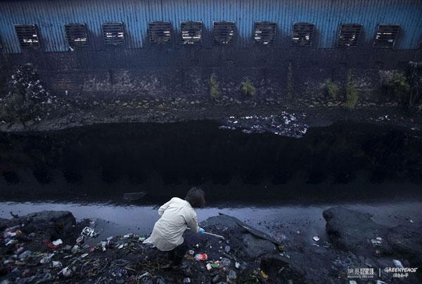 greenpeace-fashion-08-inquinamento della moda