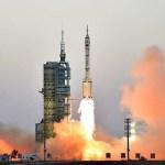 Razzo Shenzhou XI porta due astronauti nella nuova stazione spaziale cinese