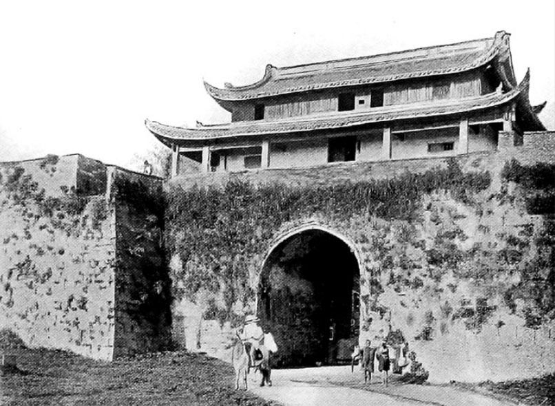 Le porte occidentali di Hangchow (Hangzhou)
