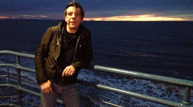 Prólogo del escritor solidario: Enrique Pérez Rioja