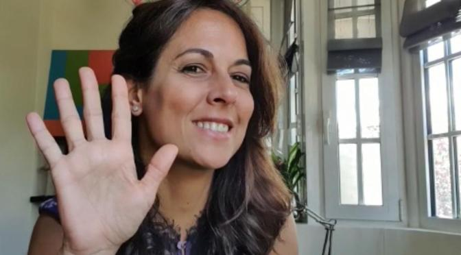 ESCRIBE TU RELATO DEL MES DE JUNIO (IV): MARA TORRES, PERIODISTA @maratorres_  @ElFaroSER