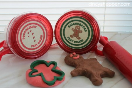 Christmas Play Dough Gift {Cincy Shopper}