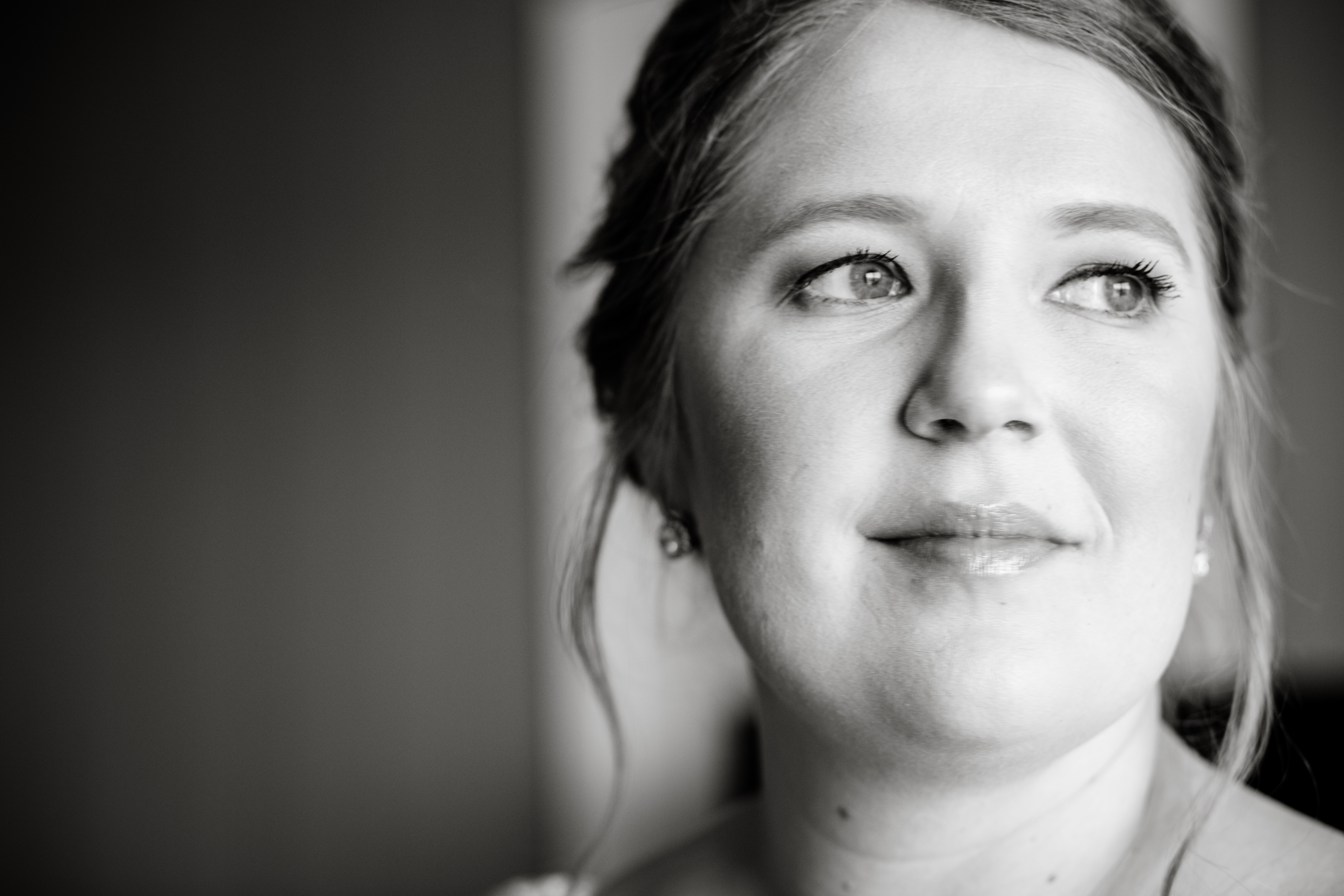 black and white photography bride