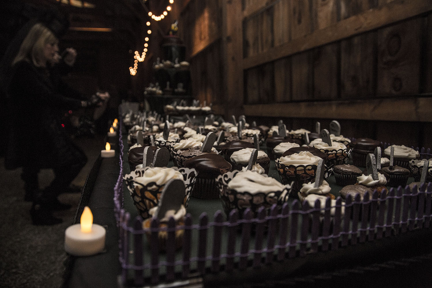 Beth Amp Brians Spooky Amp Spectacular Halloween Wedding To