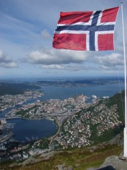 Bergen and out to the Norwegian Sea, as seen from the top of Ulriken - June 4, 2009, 10:31 am