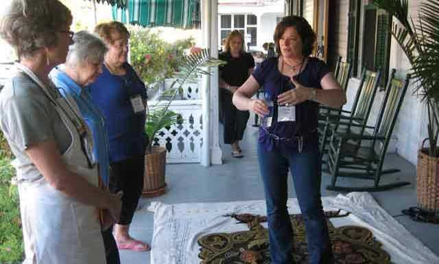 What to expect at a Rug Hooking Workshop with Cindi Gay