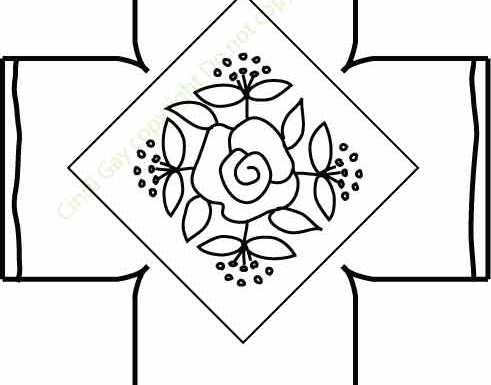 Rose Diamond Footstool — Square Rug Hooking Pattern
