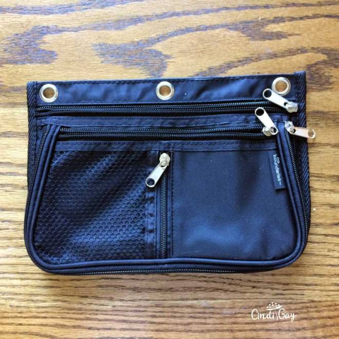 Hook a pencil pouch purse
