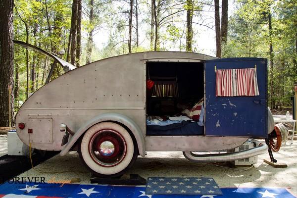 red,white,blue vintage camper