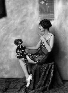 Ziegfeld girl by Alfred Cheney Johnston 3