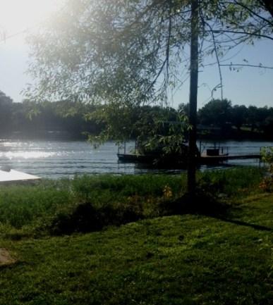 lake house e