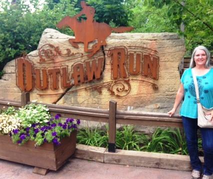 Outlaw Roller Coaster Cindy e