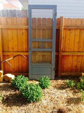 screen door garden