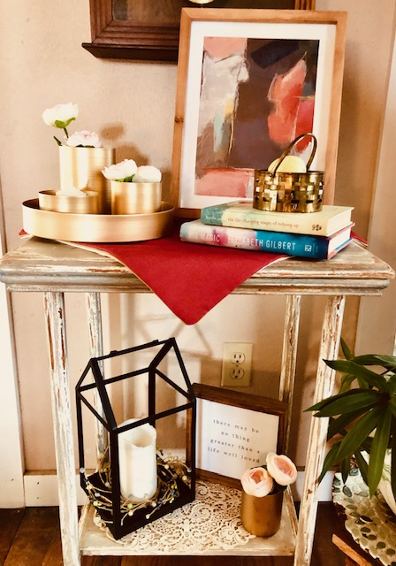 Entry Table Spring Vignette