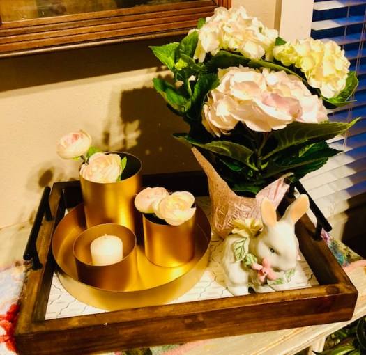 Decorating for Easter with Vintage Pieces and Decocrated tabletop
