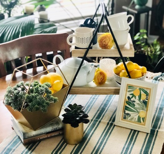 Decorating for Summer with Decocrated vignette