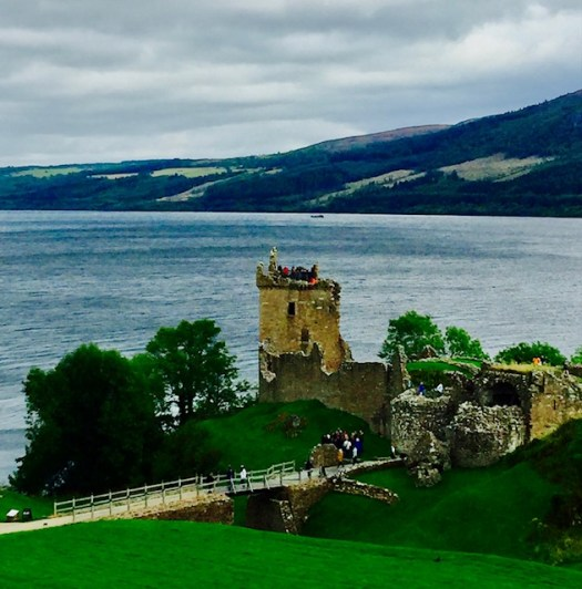 Ten Fun Facts about Loch Ness castle ruins