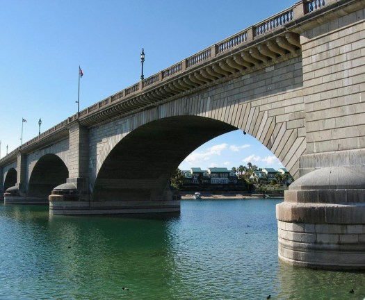 Fun Facts About London Bridge Lake Havasu City