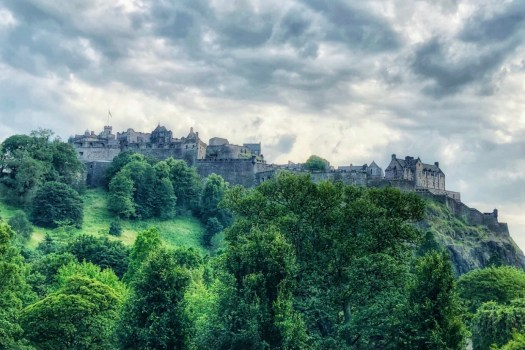 Ten Facts You May Not Know About Edinburgh Castle rock