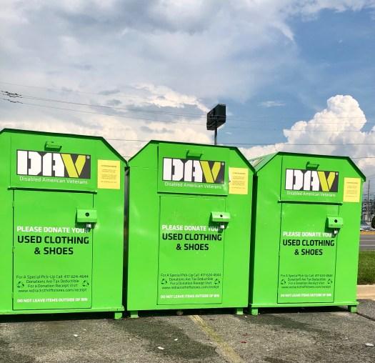 Five Benefits of Thrift Shopping DAV bins