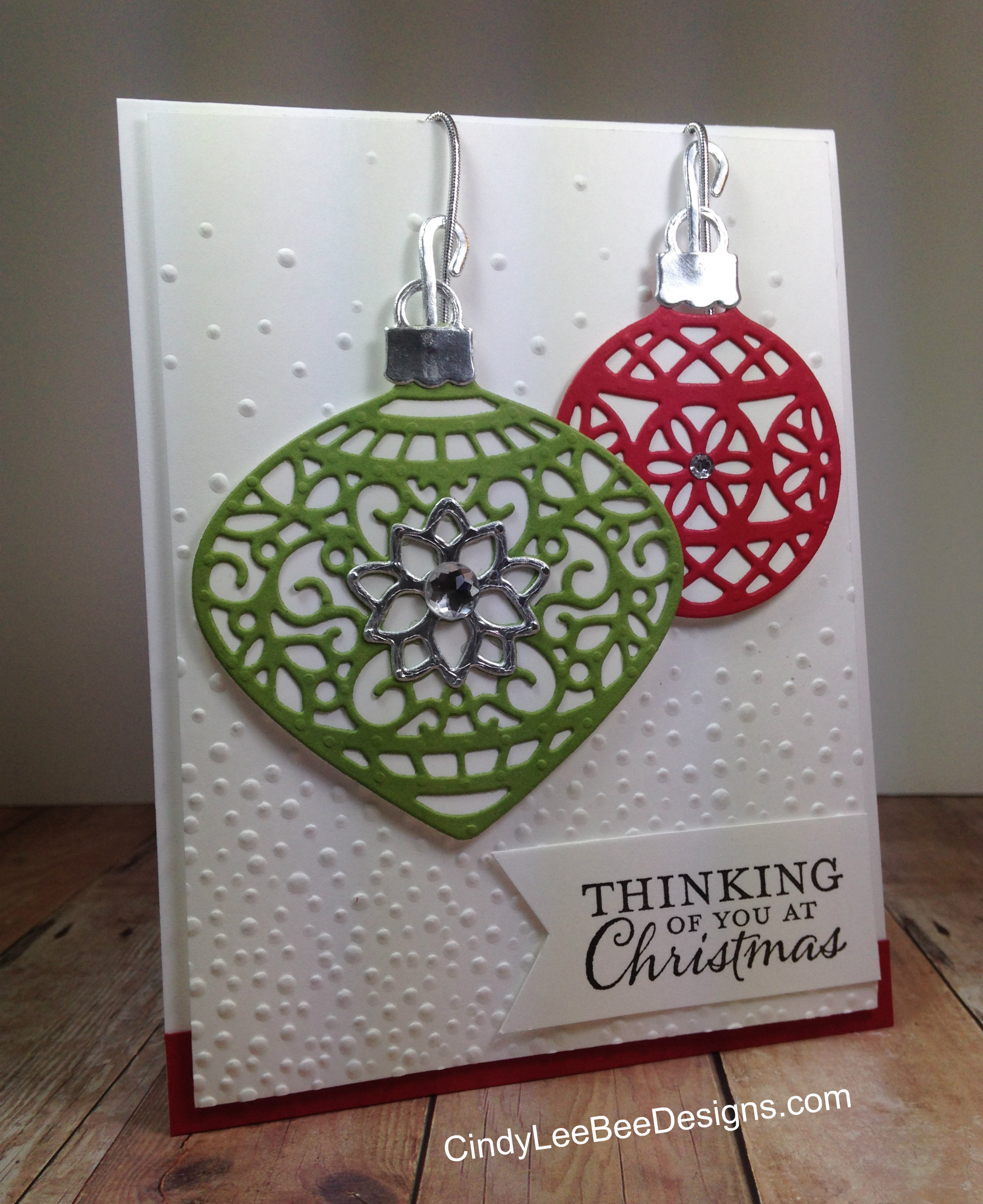 SU Embellished Ornaments With Delicate Ornaments Thinlits