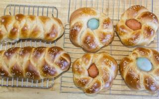 Easter bread cooling on racks