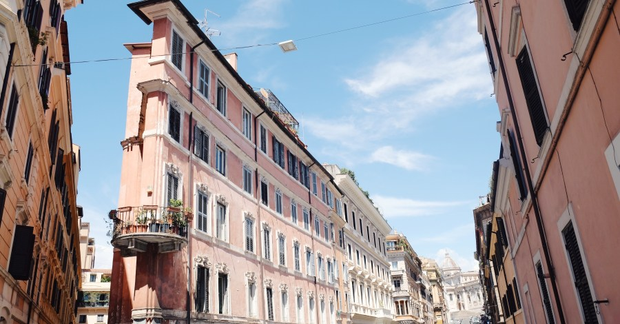 pink buildings in Rome Italy