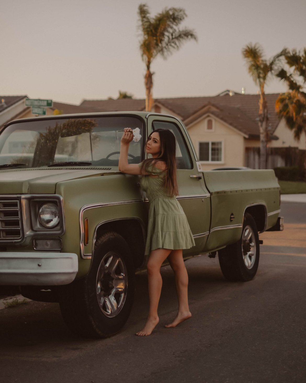 5 easy at-home photoshoot ideas - retro car photography, vintage style, creative photography